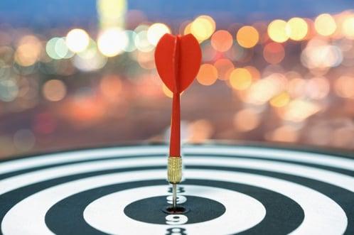 dart-target-arrow-bullseye-blurred-bokeh-background_1357-288